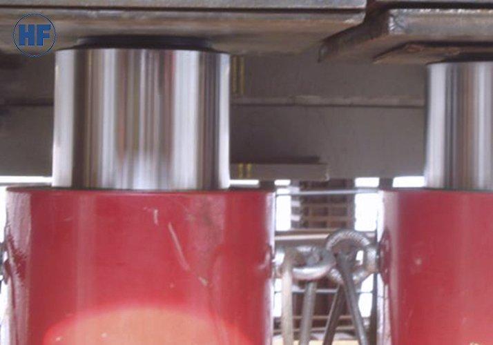 Грузовые домкраты 200 тонн